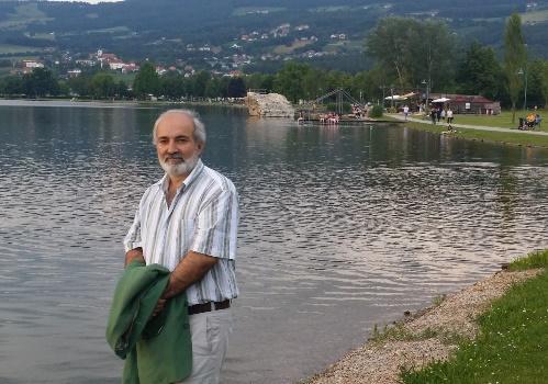 4889049369fda في هذه البلدة الساحرة والمشهورة جدا تقع بحيرة (شتوبين بيرك) والتي تعد من  اجمل بحيرات الاقليم حيث الرياضة والمتعة في منتزه البحيرة التي تبلغ مساحتها  40 ...
